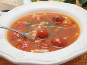 ベーコンとトマトのスープ