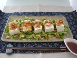 豆腐とじゃこの和風サラダ