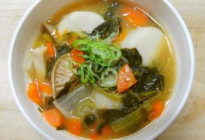 里芋と小松菜のお味噌汁
