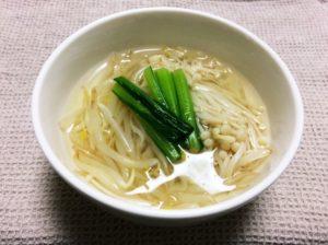 もやしとエノキのスープ