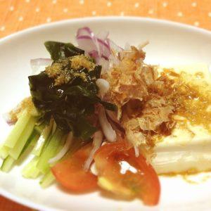 ポン酢と胡麻油のお豆腐サラダ