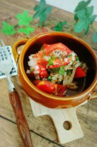 玉ねぎとトマトのマリネ