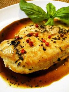 鶏むね肉のバジルソテー