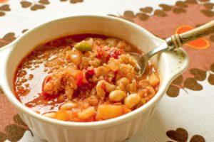 ジャガイモとひよこ豆のスープ