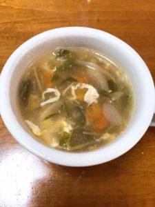 豆苗と卵の中華風スープ